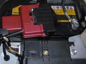 ハイブリッド車バッテリーの使い方